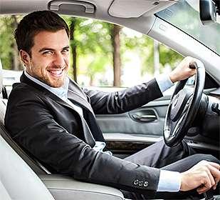 фото мужчин за рулем автомашин